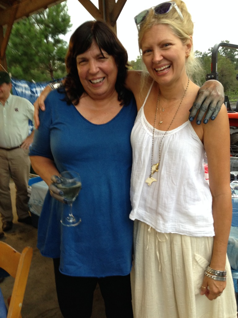 Retreat organizer and indigo farmer Donna Hardy with sponsor Kee Edwards of Loup Charmant